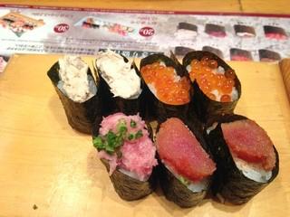 寿司食べ放題  すしてつ 周防町店